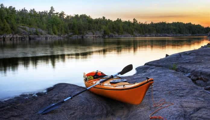 The-Best-Kayak-Paddles