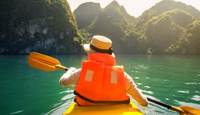 What-To-Wear-Kayaking-and-What-To-Avoid