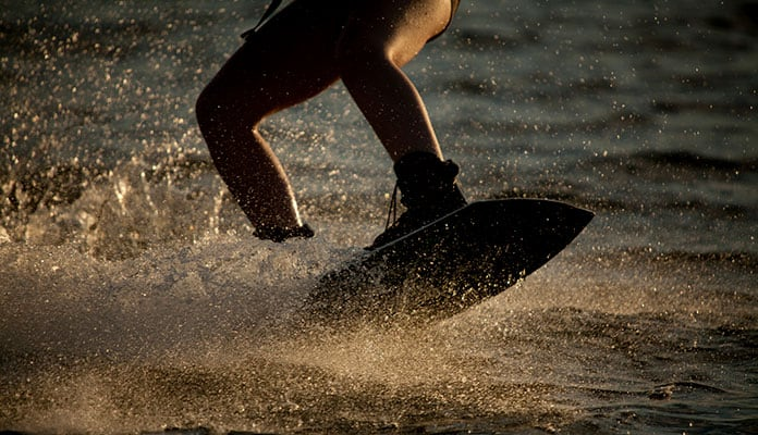 How-To-Get-Up-On-A-Wakeboard