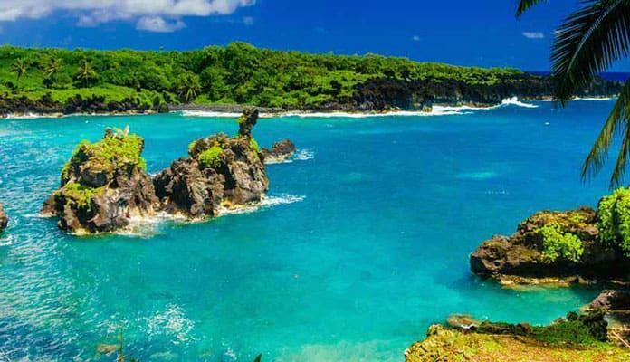 Kampala-Bay-Maui
