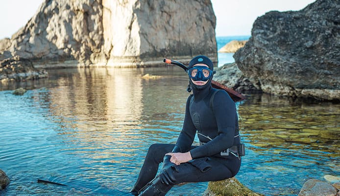 Why_do_we_need_spearfishing_wetsuits