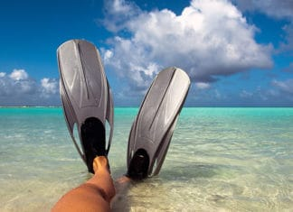 Snorkeling-Fins-for-Wide-Feet