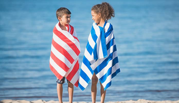 Features-to-look-for-in-Beach-Towels