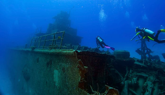 Best-Shipwreck-Diving