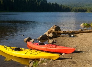 How-to-Get-In-and-Out-of-a-Kayak