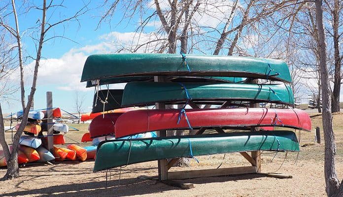 Outdoor-Storage-Tips-and-Solutions-for-Hard-shell-Kayaks