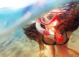 Snorkeling-With-Glasses