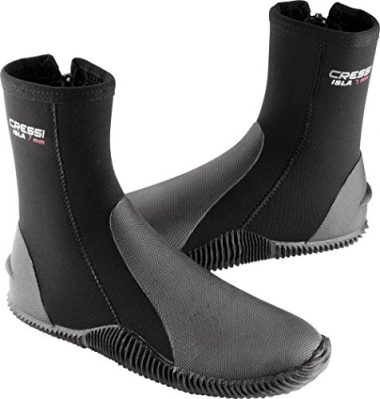 631f18ba5cf 10 Best Dive Boots Reviewed in 2019