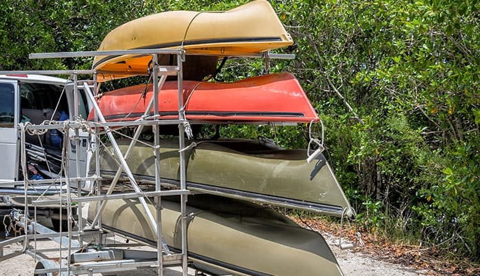 How-To-Tie-Down-A-Kayak-On-A-Trailer_