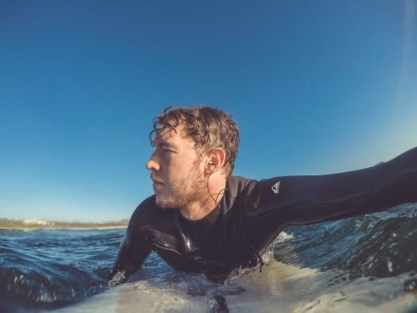 How to Choose Earplugs For Surfing - Buying Guide
