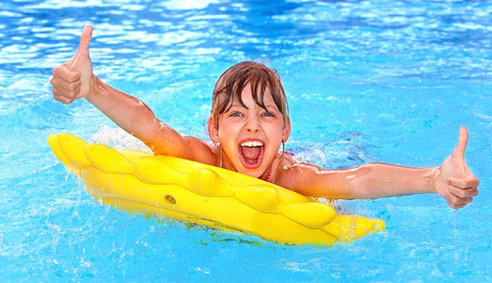 Learn-How-To-Swim_-A-Beginners-Guide