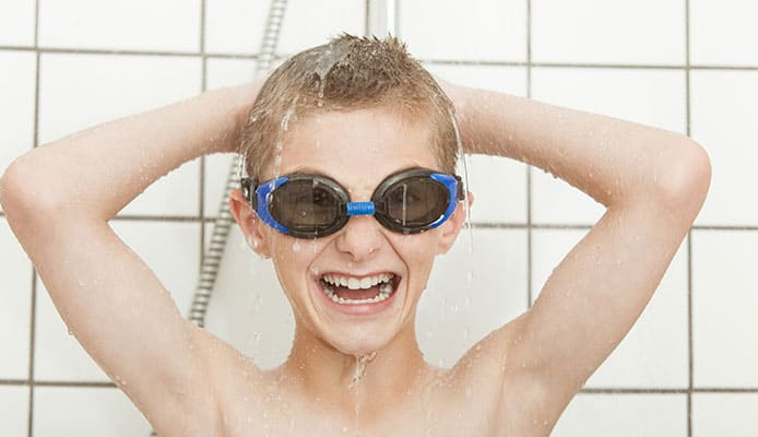 Q_-How-to-prevent-swimmers-hair_