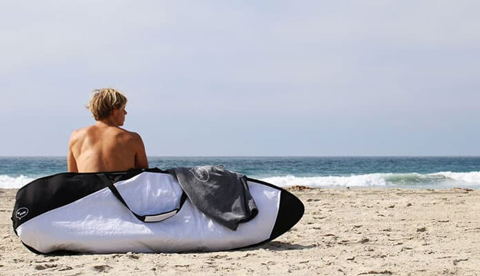 What-To-Look-For-In-The-Best-Travel-Bags-For-Surfing