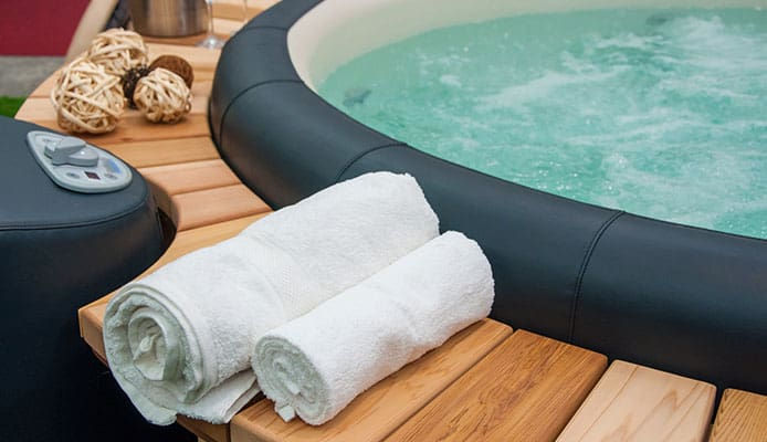 Best_Inflatable_Hot_Tubs