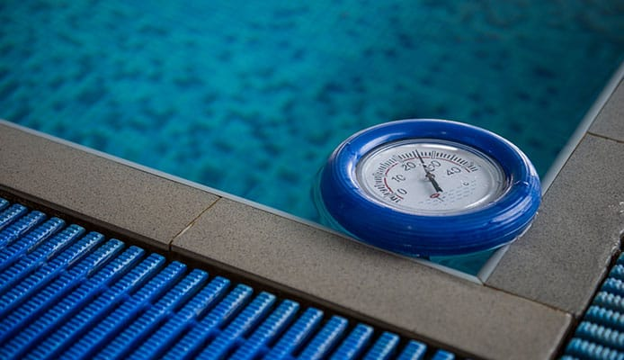 5 Best Pool Thermometers in 2019 [Buying Guide] Reviews ...