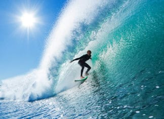 Best_Sunscreen_for_Surfing_and_Watersports