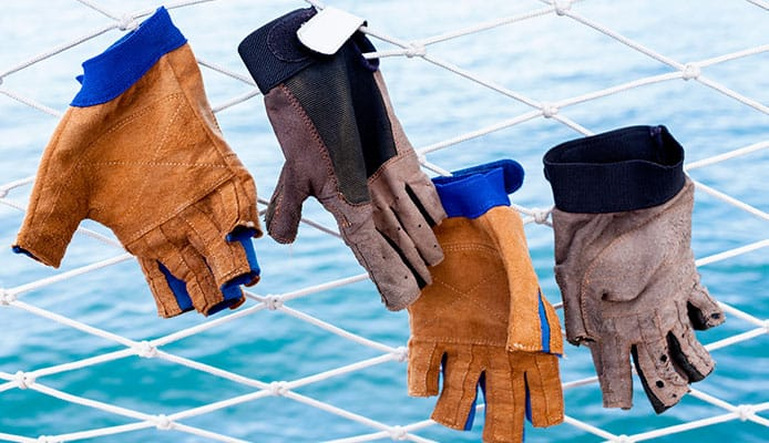 How_To_Choose_The_Best_Sailing_Gloves