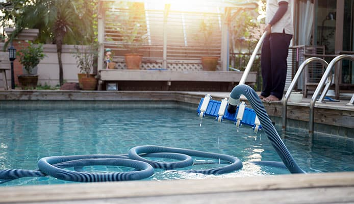 How_To_Remove_Sand_From_Your_Pool
