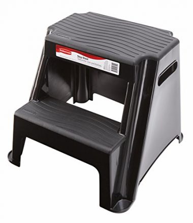 Rubbermaid Non-Slip Hot Tub Step