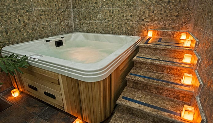 What_Are_Hot_Tub_Steps