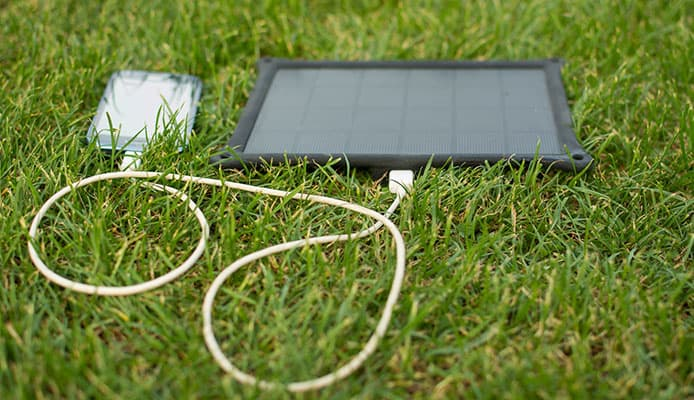 10 Best Solar Chargers in 2019 [Buying Guide] Reviews