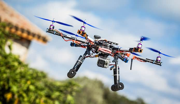 10 Best Fishing Drone in 2019 [Buying Guide] Reviews - Globo