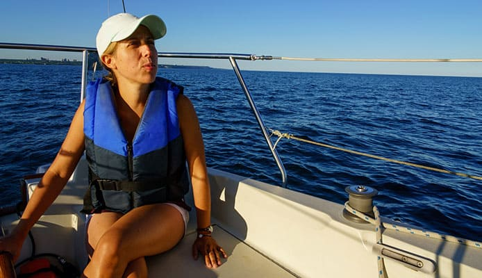 How_To_Buy_A_Sailing_Life_Jacket