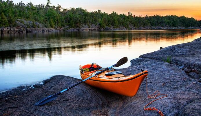 Kayak_on_a_beach