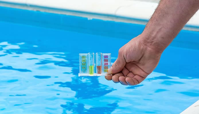 Test_Your_Pool_Water