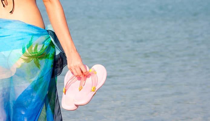 Why_do_women_love_flip_flops