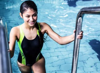 10_Swimming_Essentials_For_Beginners