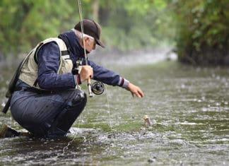 Best_Rain_Gear_for_Fishing