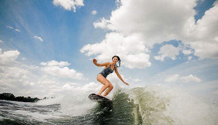 How_to_Choose_the_Best_Wakesurf_Shaper