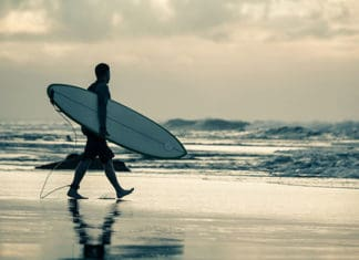 How_to_Prepare_for_a_Surf_Trip.