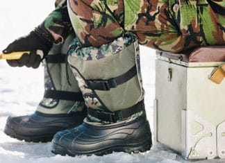 Why_Do_I_Need_Special_Ice_Fishing_Boots