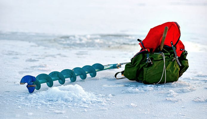 10 Best Ice Augers For Fishing in 2019 [Buying Guide] - Globo Surf