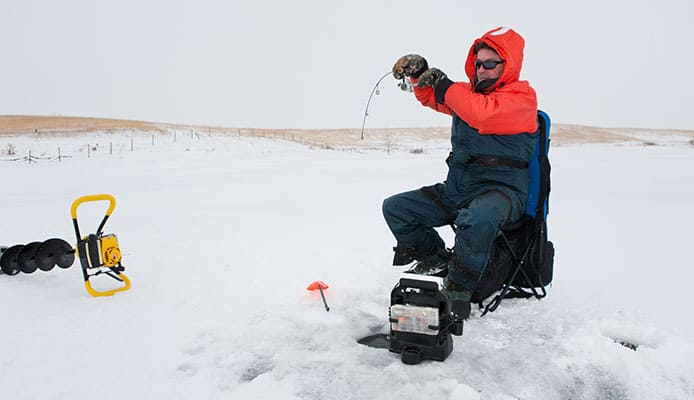 How_To_Choose_An_Ice_Fishing_Fish_Finder