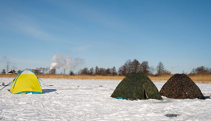 How_To_Choose_An_Ice_Fishing_Shelter