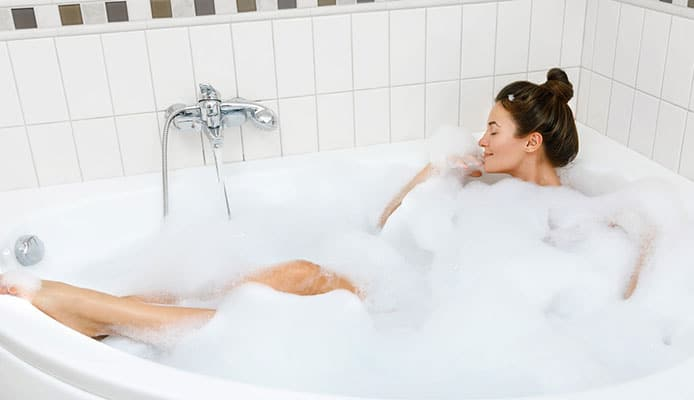 How_To_Prevent_Hot_Tub_And_Spa_Foaming