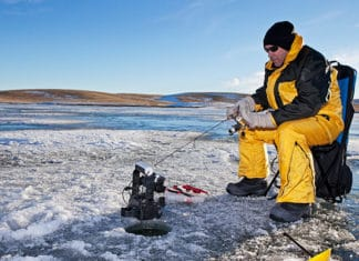 Ice_Fishing_Tips_–_Techniques_On_How_To_Ice_Fish