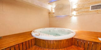 How_to_Buy_and_Care_for_a_Hot_Tub_Cover