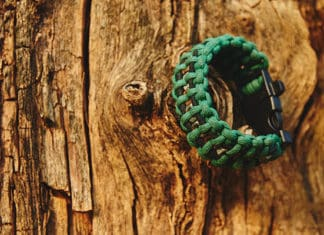 Best_Paracord_Survival_Bracelets