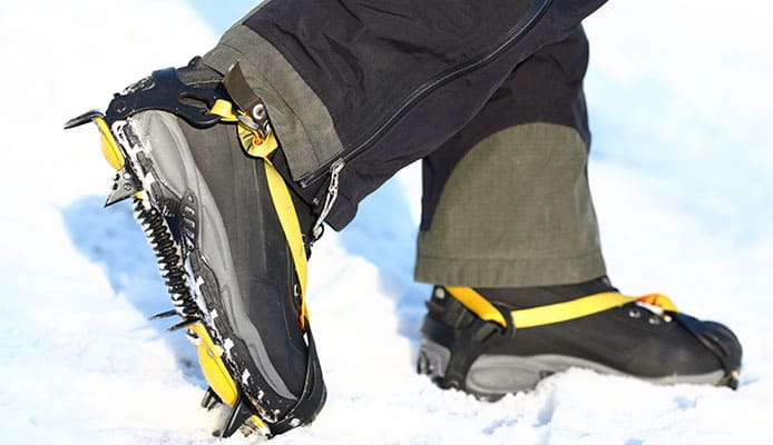 How_To_Choose_A_Crampons_and_Microspikes_For_Hiking