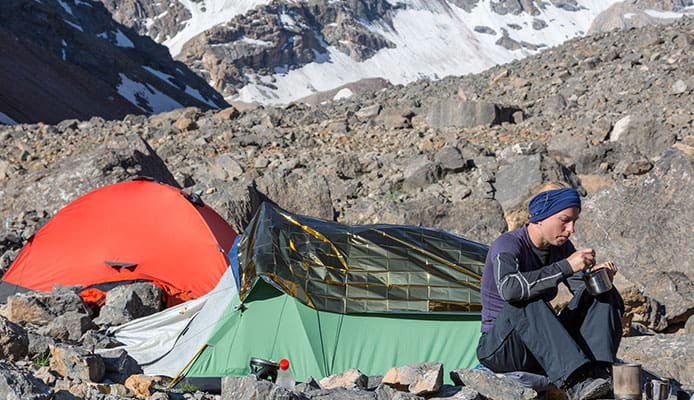 A_Look_At_The_Two_Sides_Of_The_Bivy_Vs._Tent_Argument