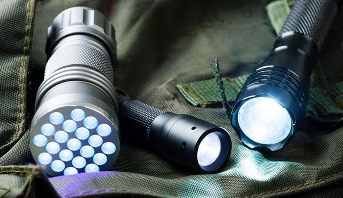 Best_EDC_Flashlights