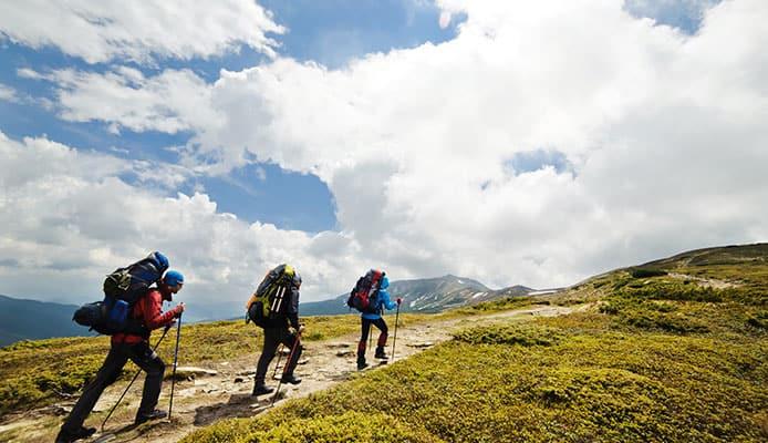 Day_Hiking_Checklist_&_Gear_List