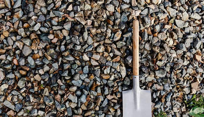How_To_Choose_A_Backpacking_Trowel