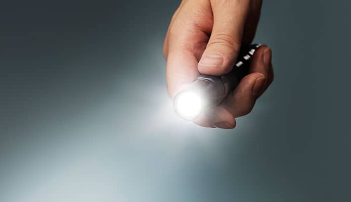 What_Are_The_Advantages_Of_A_Pocket_Flashlight