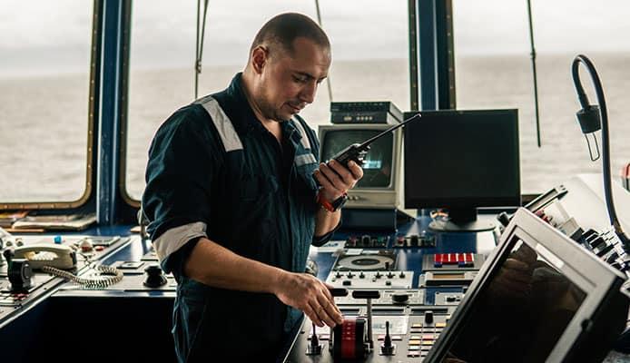 Best_VHF_Marine_Radios