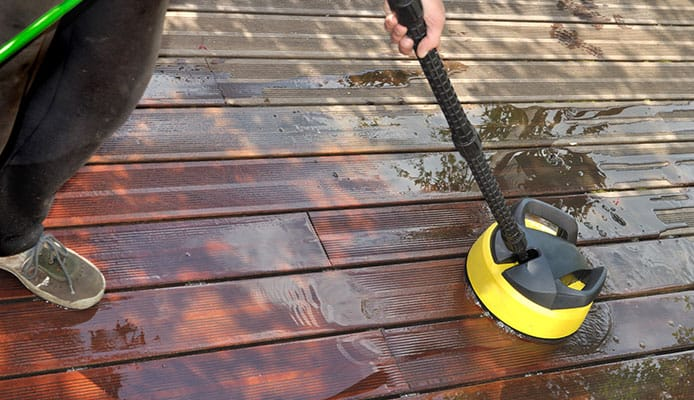 What_Are_The_Benefits_Of_Using_A_Patio_Cleaner